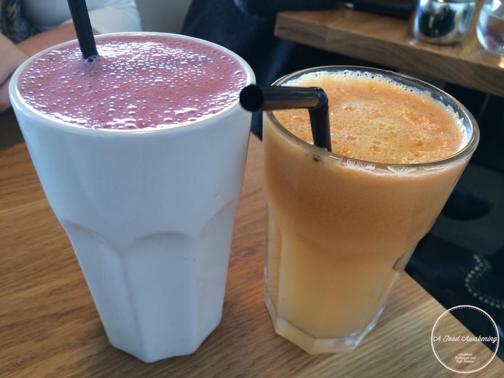Berry, Banana Smoothie & Mandarin, Lime Juice