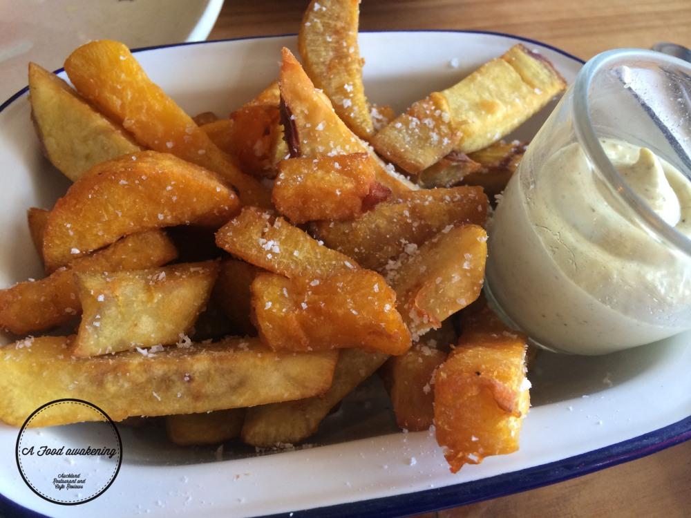 Kumara Chips w/ Kawakawa Mayo